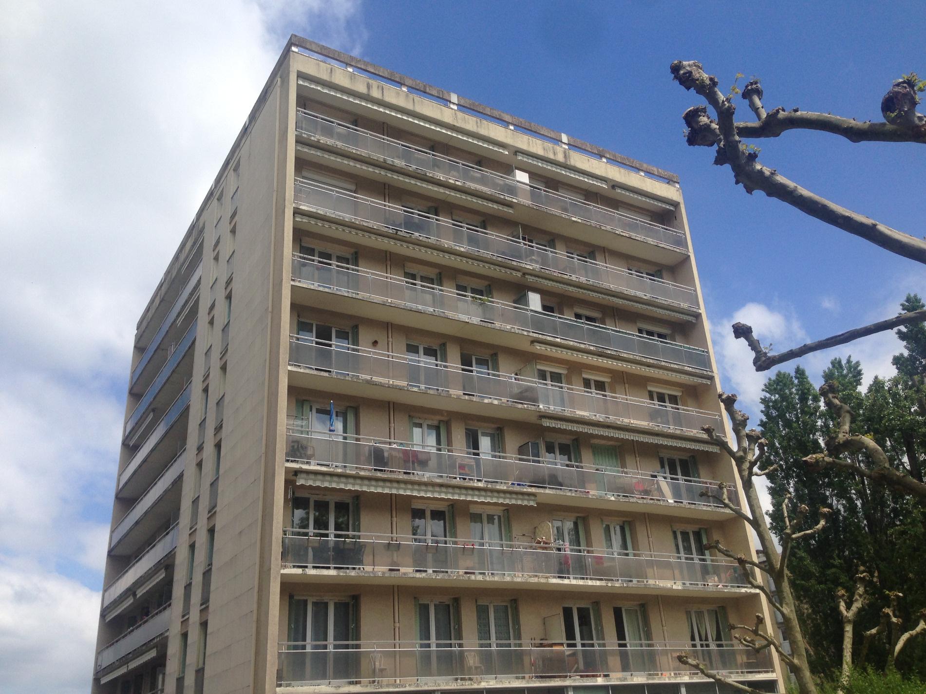 Vente bourgoin commerce au pied de l 39 appartement - Chambre de commerce villefontaine ...
